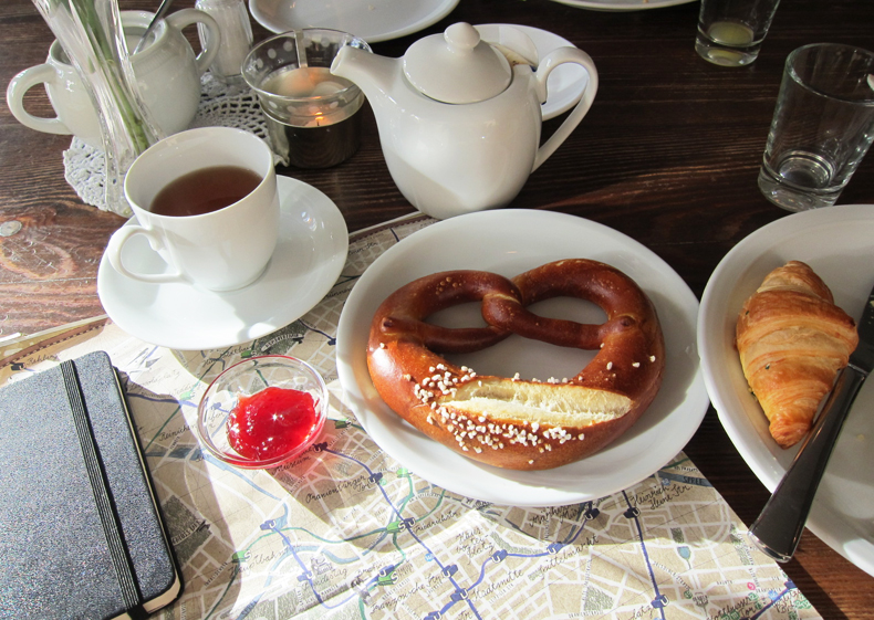 MBH-breakfast3