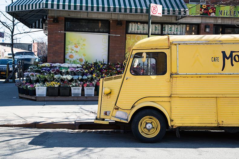 camionette-jaune