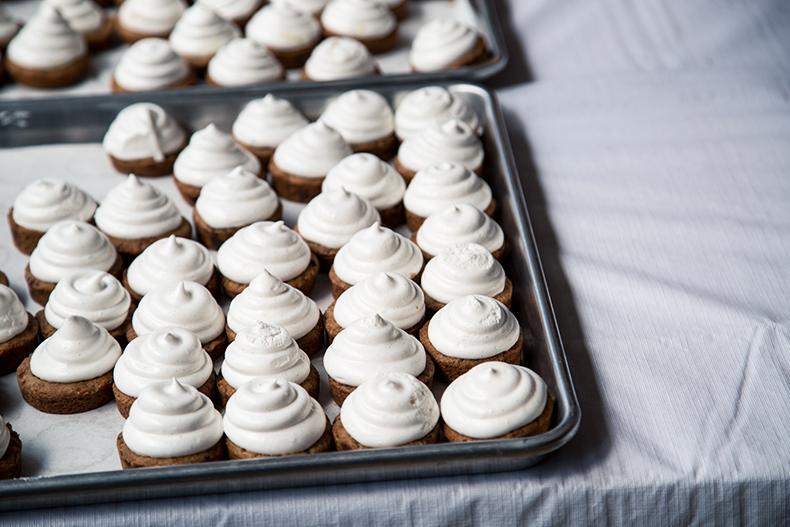 flea-market-cupcakes
