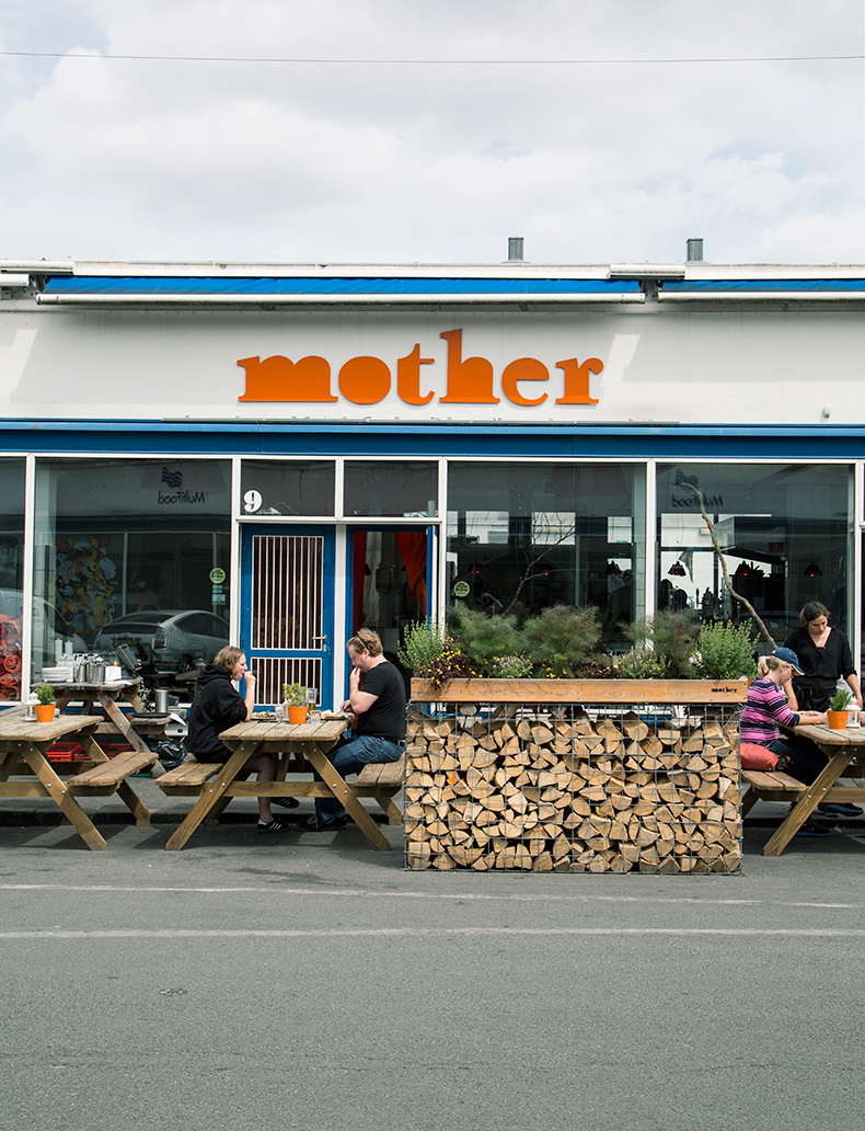 mother-MB-cityguide
