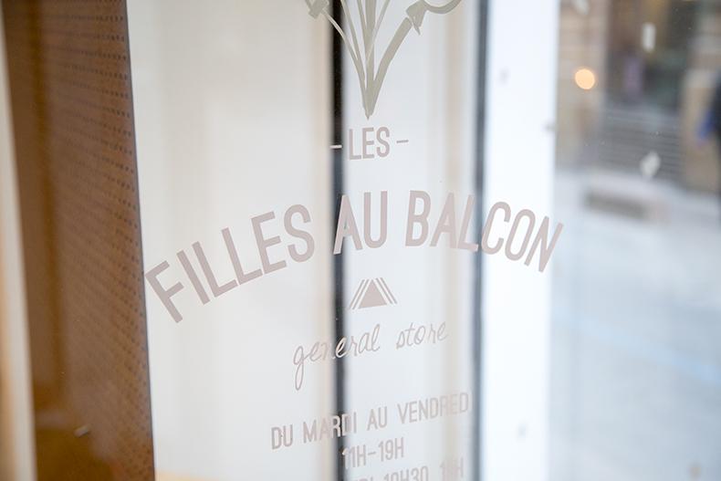 MB-les-filles-aux-balcons-bx3