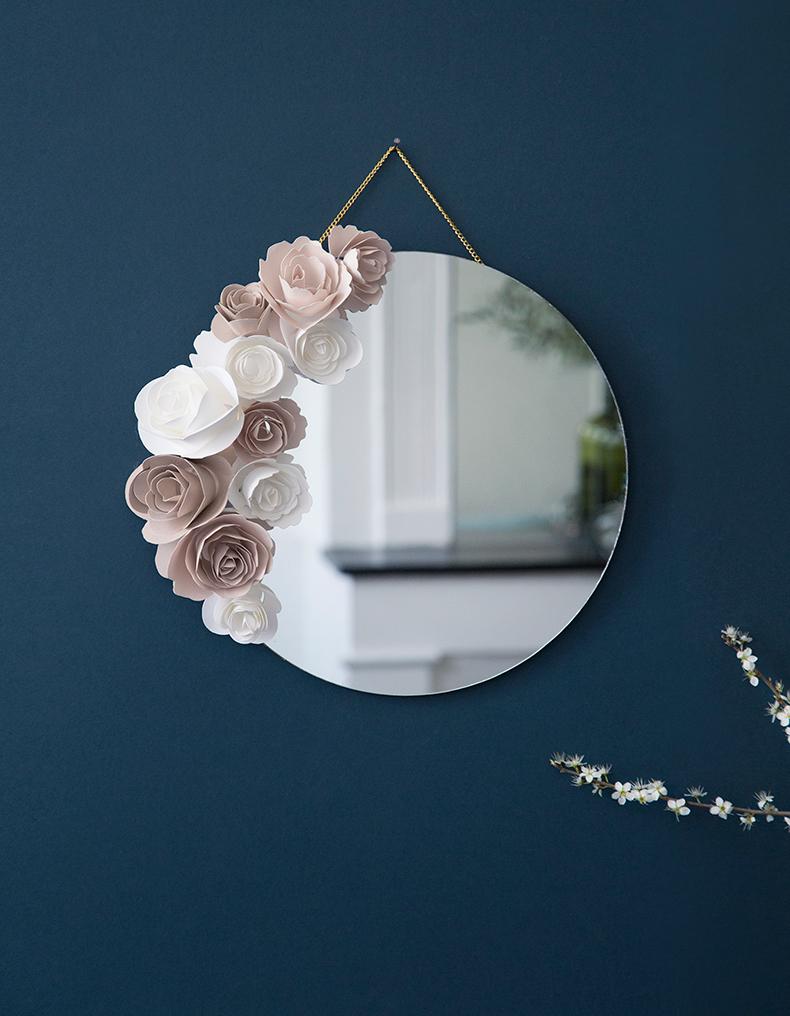 Mois-du-DIY-Mamieboude-pour-bhv-miroir-fleuri-workshop