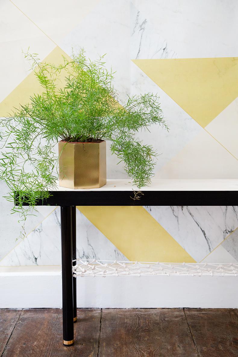le petit banc avec filet diy. Black Bedroom Furniture Sets. Home Design Ideas
